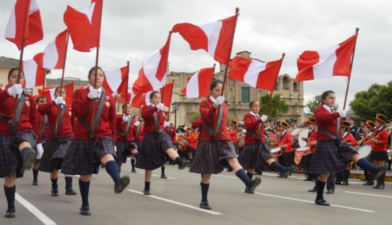 Optocht Peru Fiestas patrias