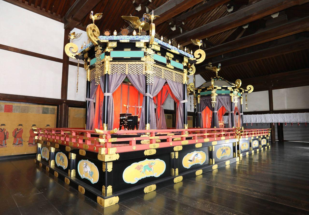 Japan tronen